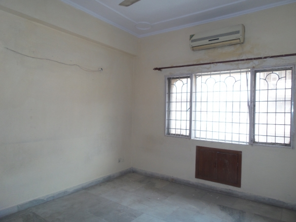 1 BHK Apartment for Rent in DDA Pocket E - Living Room