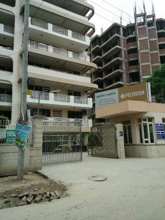 3 BHK Apartment for Rent in Emerald Green - Exterior View