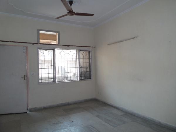 2 BHK Apartment for Sale in Shubhkamna Kartik Kunj Apartments - Living Room