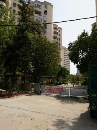 2 BHK Apartment for Rent in DLF Silver Oaks - Exterior View