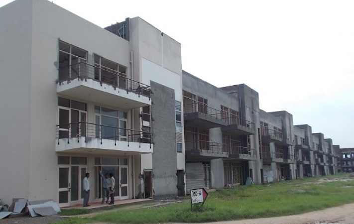 3 BHK Apartment for Rent in RPS Palms - Exterior View