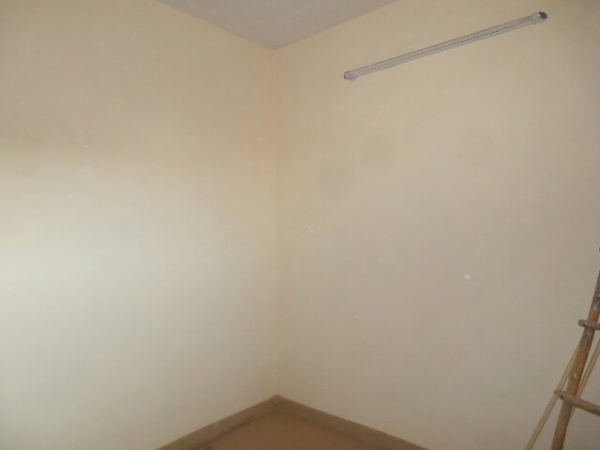 2 BHK Floor for Sale in Sector 91 Faridabad - Living Room