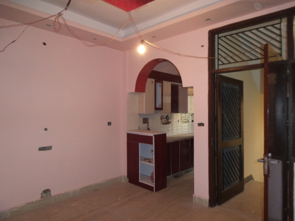 1 BHK Apartment for Sale in Seemapuri New Delhi - Living Room