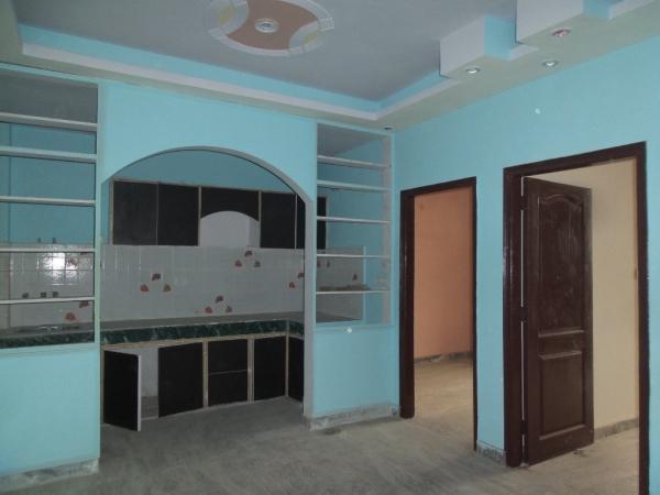 2 BHK Apartment for Rent in Sahyadri Apartment - Living Room