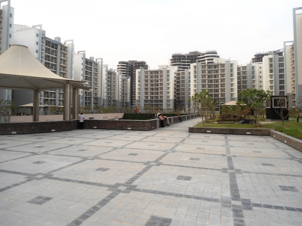 Grand Omaxe Sector 93B Noida