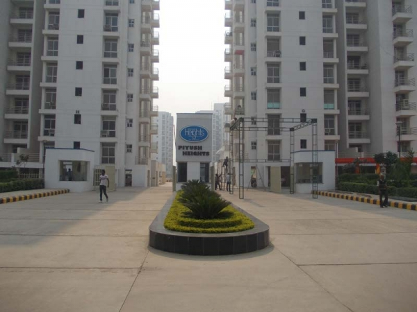 Piyush Heights, Sector 89, Faridabad - Building