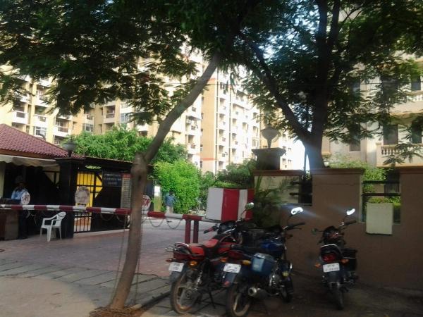 Stellar Kings Court Sector 50 Noida