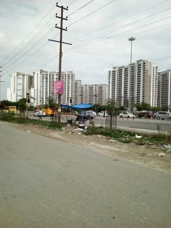3C Lotus Boulevard Espacia Sector 100 Noida