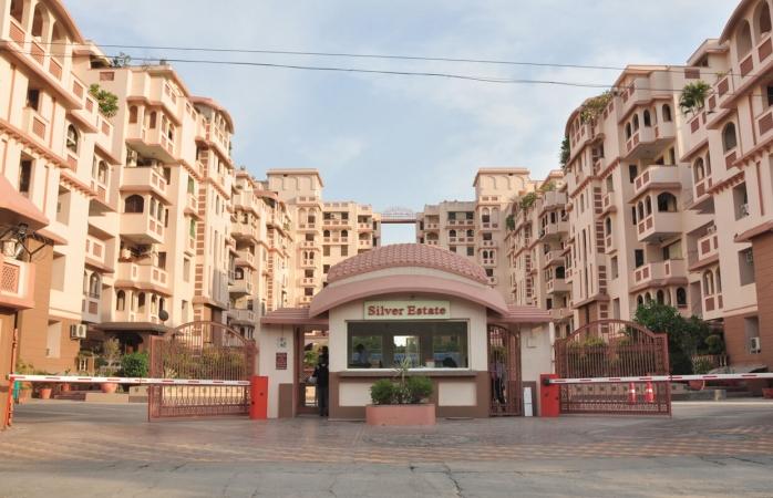 Purvanchal Silver Estate Sector 50 Noida