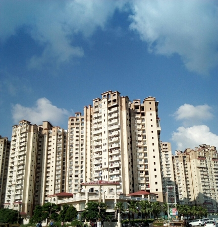 Amrapali Sapphire, Sector 45, Noida - Building