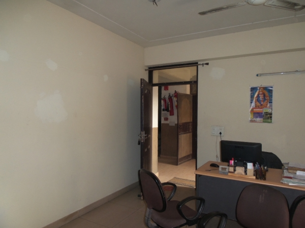 2 BHK Apartment for Rent in RG Residency - Living Room