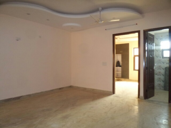 3 BHK Apartment for Rent in SRS Pearl Floors - Living Room