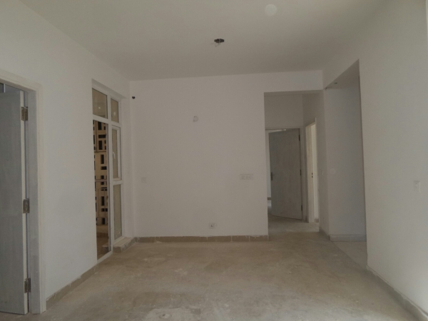 2 BHK Apartment for Rent in Sector 31 Gurgaon - Living Room