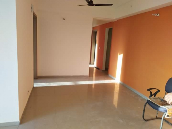 2 BHK Apartment for Rent in IRWO Classic Apartments - Living Room