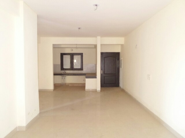 2 BHK Apartment for Rent in RPS Savana - Living Room