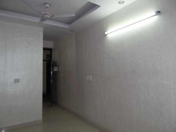 2 BHK Apartment for Rent in Ekta Apartments, Block -17 - Living Room