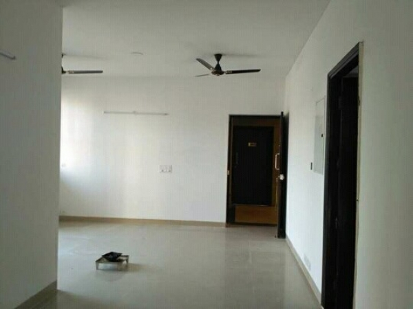 3 BHK Apartment for Rent in Nidhi Park View Apartments - Living Room