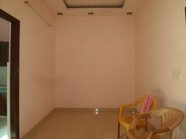 3 BHK Villa for Sale in Sector 28 Faridabad - Living Room