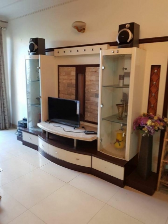3 BHK Apartment for Rent in Golf Link Apartments - Living Room