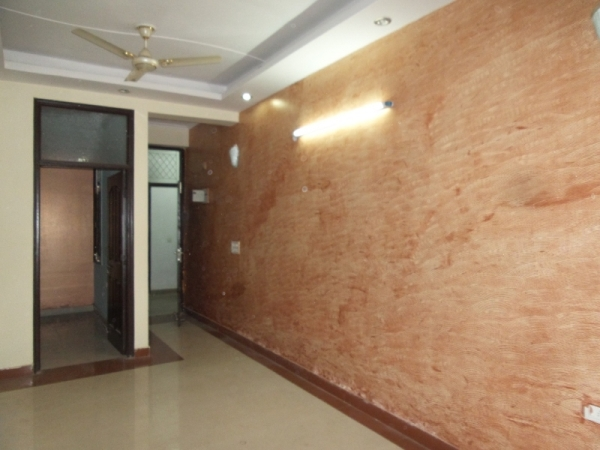 2 BHK Apartment for Rent in Kanchan Apartment - Living Room