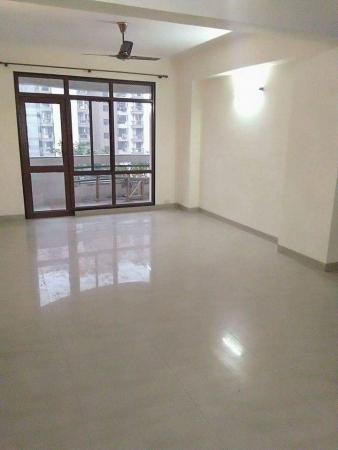 4 BHK Apartment for Rent in Satguru Apartments - Living Room