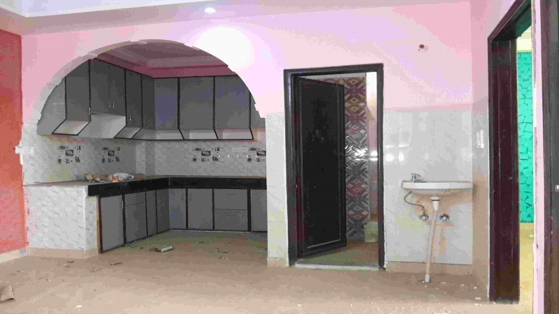 2 BHK Floor for Rent in Mukhram Garden New Delhi - Living Room