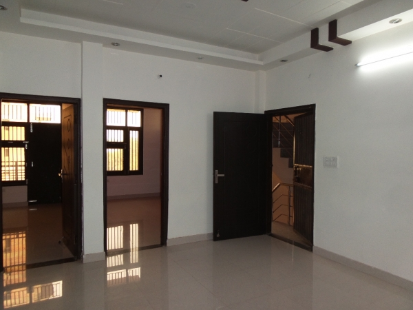 3 BHK Apartment for Sale in Grand Omaxe - Living Room