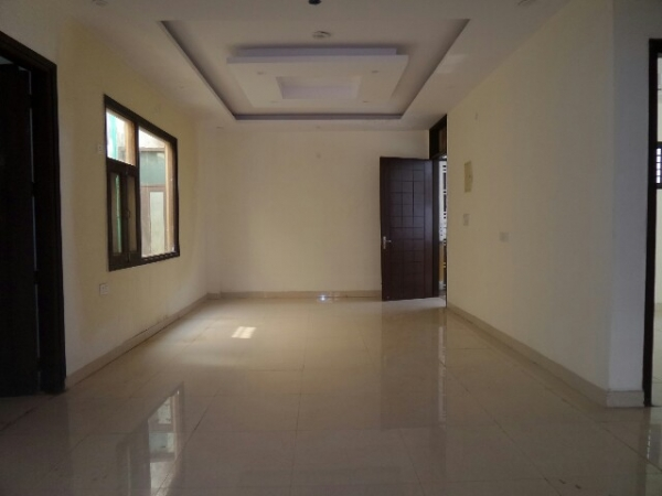 4 BHK Floor for Sale in Surya Nagar Faridabad - Living Room