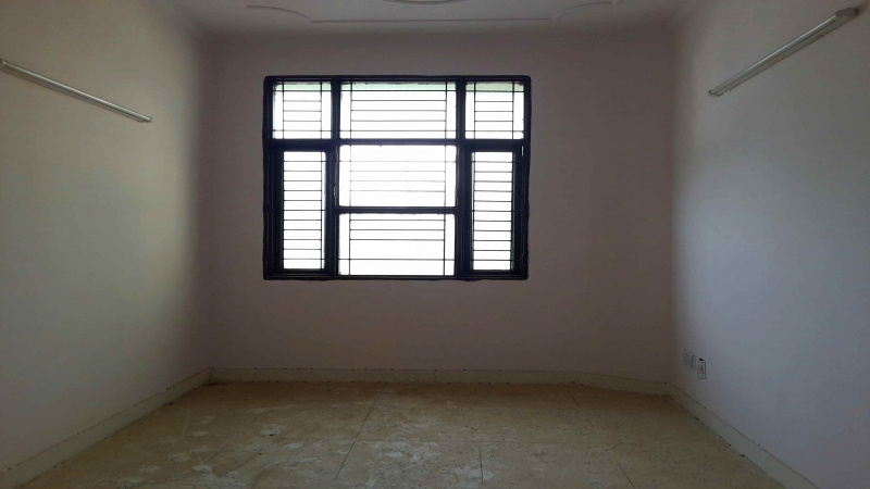 3 BHK Apartment for Rent in Rose Apartments - Living Room