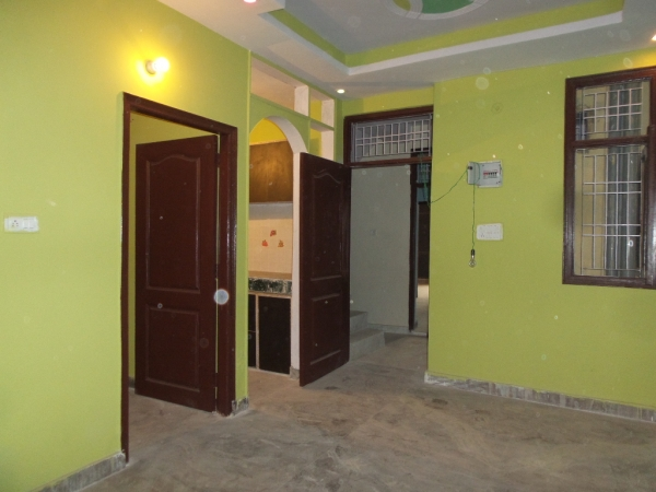 1 BHK Apartment for Rent in RWA Shiv Vihar Phase 1 - Living Room