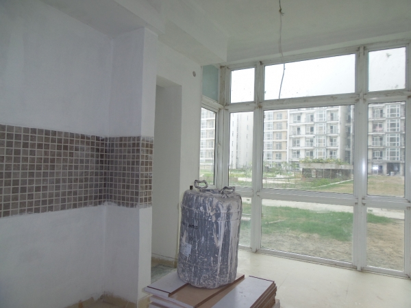 2 BHK Apartment for Sale in Parsvnath Prestige - Living Room