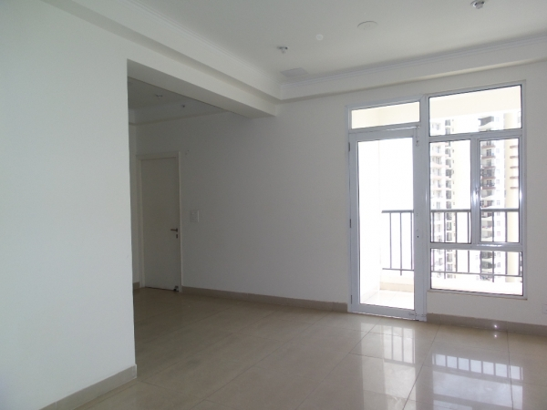 3 BHK Apartment for Sale in Amrapali Pan Oasis - Living Room