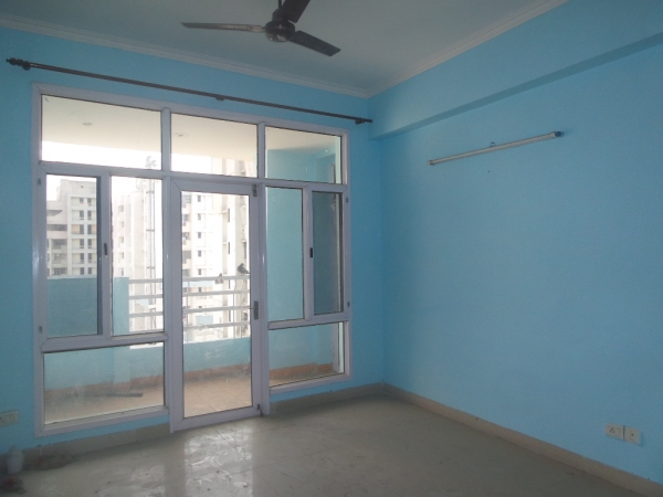 2 BHK Apartment for Rent in 3C Lotus Boulevard Espacia - Living Room
