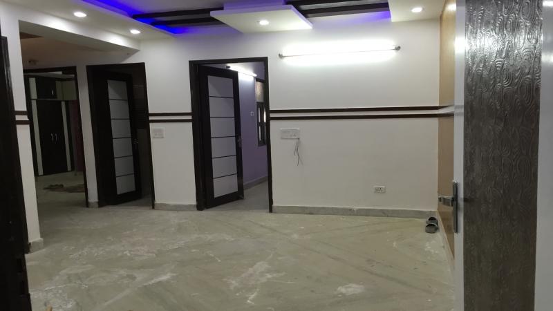 2 BHK Floor for Sale in Uttam Nagar New Delhi - Living Room