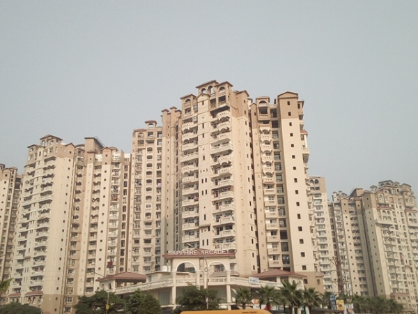 2 BHK Apartment for Sale in Amrapali Sapphire - Exterior View