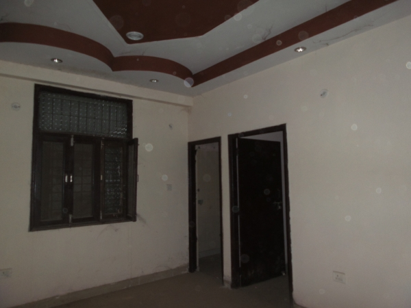 2 BHK Apartment for Rent in Supreme Enclave - Living Room