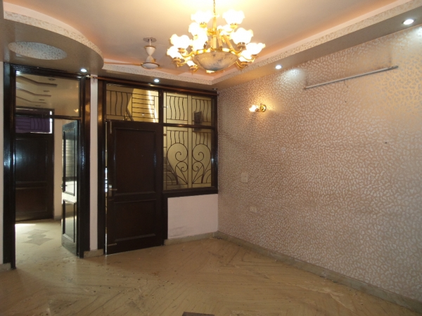 2 BHK Apartment for Rent in Gaurav Apartments - Living Room