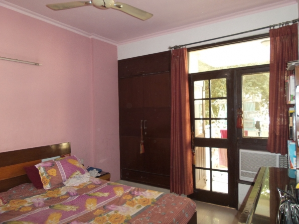 3 BHK Apartment for Sale in Logix Blossom County - Living Room