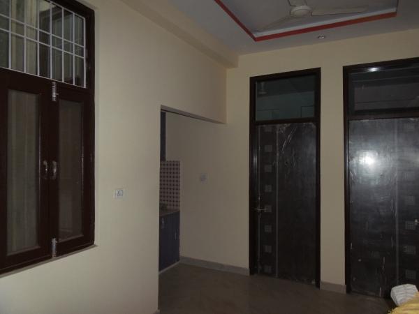 2 BHK Apartment for Sale in Sah Vikas Apartment - Living Room