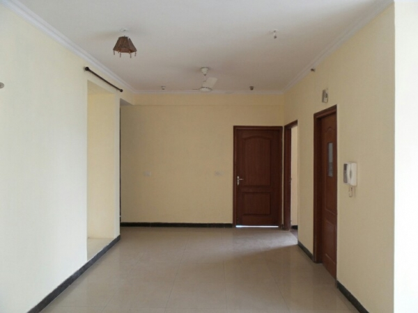 3 BHK Apartment for Rent in Tarika Apartments - Living Room