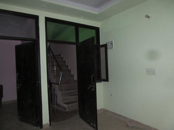1 BHK Apartment for Sale in RWA GTB Enclave LIG Flats Pocket B - Living Room