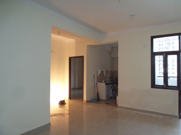 2 BHK Apartment for Rent in Jalvayu  Vihar - Living Room