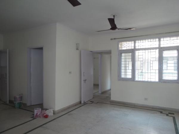 2 BHK Apartment for Rent in Aditi Apartment - Living Room