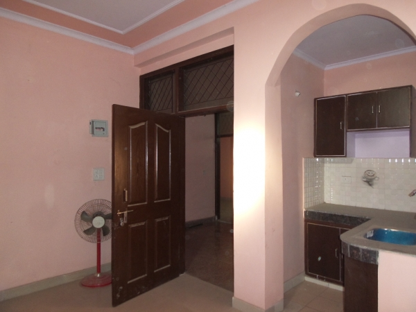 1 BHK Apartment for Rent in Dilshad Garden New Delhi - Living Room