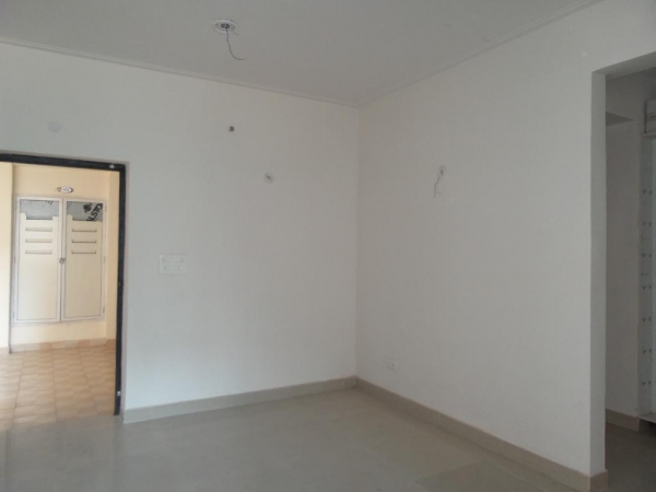 2 BHK Apartment for Sale in Vivek Vihar - Living Room
