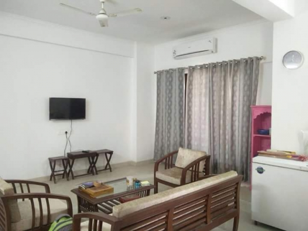3 BHK Floor for Rent in Vipul world - Living Room