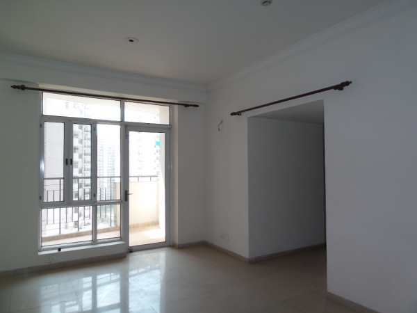 2 BHK Apartment for Sale in Overseas Towers - Living Room