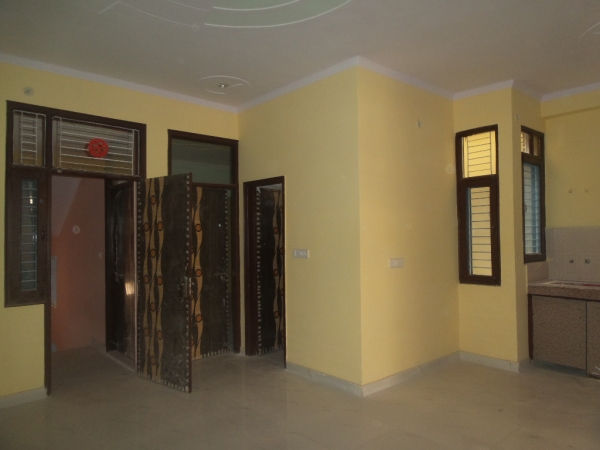 2 BHK Apartment for Rent in Aakriti Apartments - Living Room