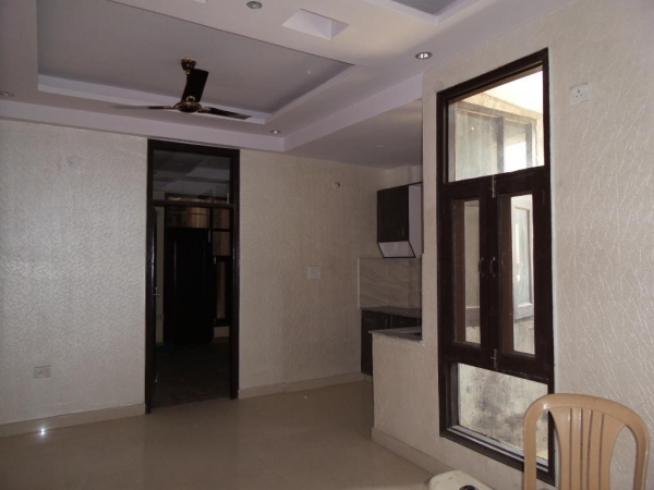 2 BHK Apartment for Rent in Mavilla Apartments - Living Room