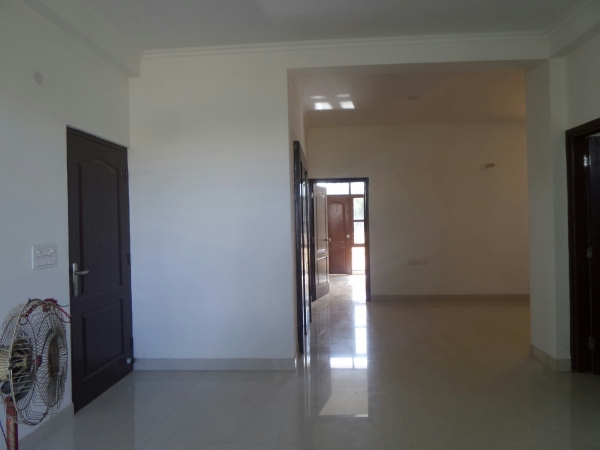 3 BHK Apartment for Rent in Orchid Island - Living Room